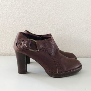 HENRY BEGUELIN || Ankle Heeled Boots